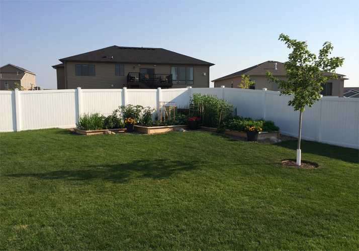 Outdoor PVC Lawn Fence